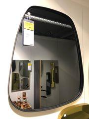 Spiegel mit verdunkeltem Spiegelglas