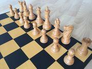 Schachspiel mit Alexander Staunton Figuren