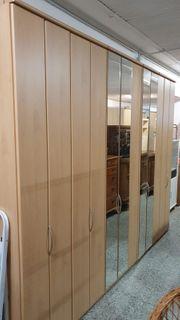 Hochwertiger Kleiderschrank - 300x240 - LD050517