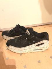 Nike Air Max 38 schwarz