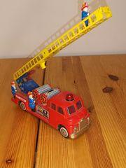 amerikanisches Feuerwehrauto Leiterwagen Blechauto