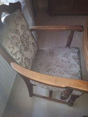 Esszimmertisch ausziehbar und 8 Polsterstühle