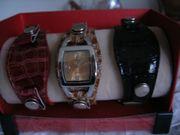 Sportliche Armbanduhr mit 2 Wechselarmbändern