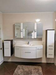 Badezimmermöbel komplett mit Spiegelschrank