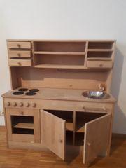 Große Kinderküche aus Holz