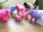 Pferde und ganz viele Ponys