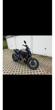 Ducati Diavel zu verkaufen