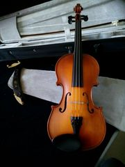 Verkaufe Geige 4 4 Case