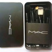 MAC 12er Pinsel Set Make