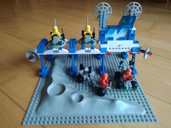 Lego 6930 Space Supply Station