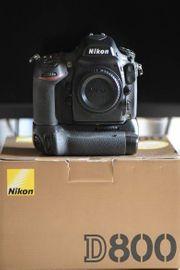 Nikon D800 mit Batteriegriff Profi-DSLR