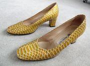Pumps gelbe Schuhe Schlangenmuster neuwertig