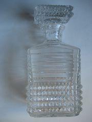Kristallkaraffe und Klristallschalen