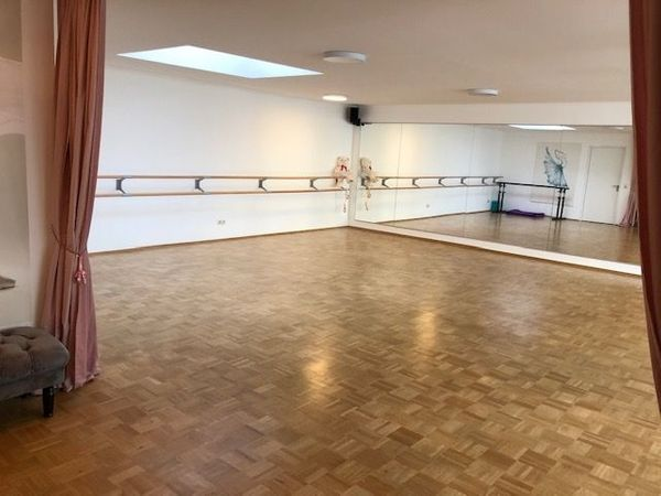 Tanzstudio Ballettstudio Tanzraum Übungsraum Trainingsraum