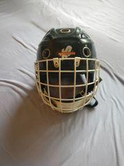 Helm für Street- oder Eishockey