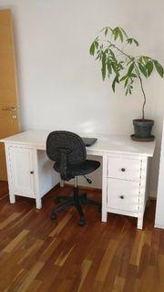 Schreibtisch weiß mit Bürostuhl