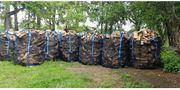Brennholz Fichte trocken ofenfertig 40