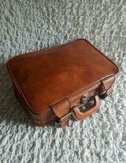 Alter Lederkoffer Vintage mit Schlüssel