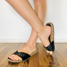 Sonstige Erotikartikel - abgeranzte Lieblings-Sandalen - extra für dich