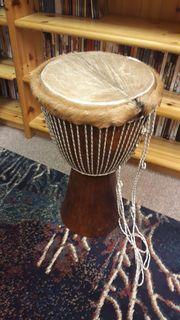 2 große afrikanische Trommeln Jembes