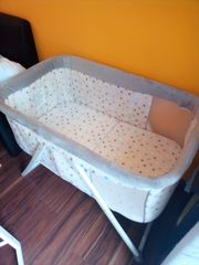 Babywiege und Babybett
