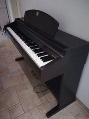 E-Piano Yamaha CLP 950