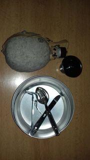 Feldflasche und Kochgeschirr