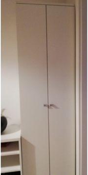Garderobe in Einzelteilen oder Gesamt