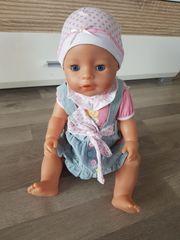 Baby-Born Puppe mit Kleiderpaket
