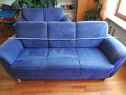Dreisitzer-Couch aus blauem Alcantarastoff