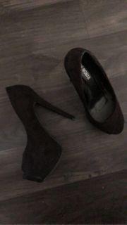 getragenen Heels