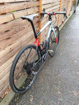 Specialized Diverge Expert Carbon Gravelbike: Kleinanzeigen aus Frankfurt Innenstadt - Rubrik Mountain-Bikes, BMX-Räder, Rennräder