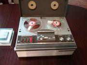 Telefunken Magnetophon 203 mit Mikrophon
