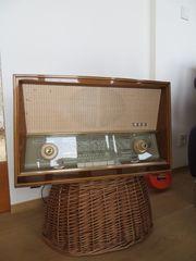 Altes Radio SABA