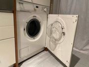 Miele Einbau-Waschmaschine voll funktionsfähig an