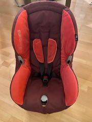 Kindersitz Maxi Cosi rot brombeer