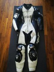 Verkaufe komplette Motorrad Bekleidung