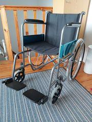 Rollstuhl fabrikneu