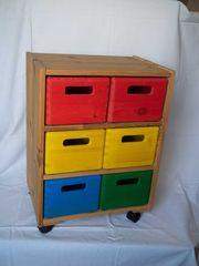 Rollcontainer mit Aufbewahrungsboxen