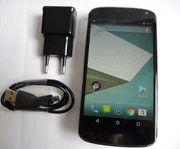Smartphon Google Nexus 4 LG