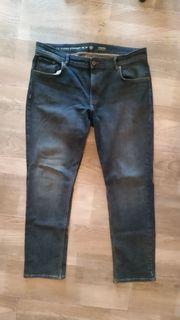 Jeanshose Männer Gr 38 32