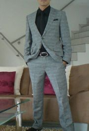 Stylischer Designer Anzug von Pursuits