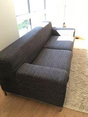 Schönes 2-Sitzersofa