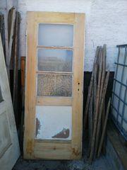 Zwei alte Vollholz-Türen zu verschenken