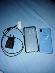 Samsung a40 blau