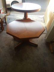 2 Tische 6 Stühle auch