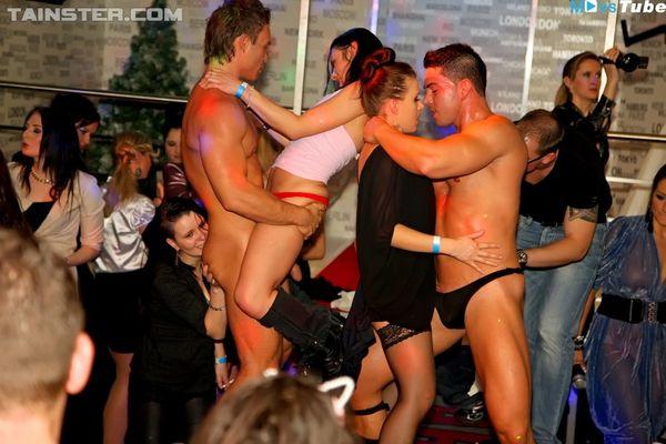 CFNM Stripper für Frau en -