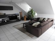 Helle und geräumige 3 5-Zimmer-DG-Wohnung