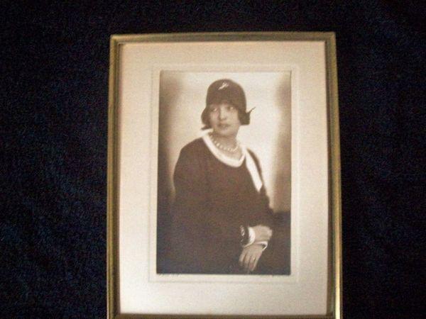 Portrait junge Dame anno 1918