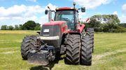 Exklusiv Mit einem modernen Traktor